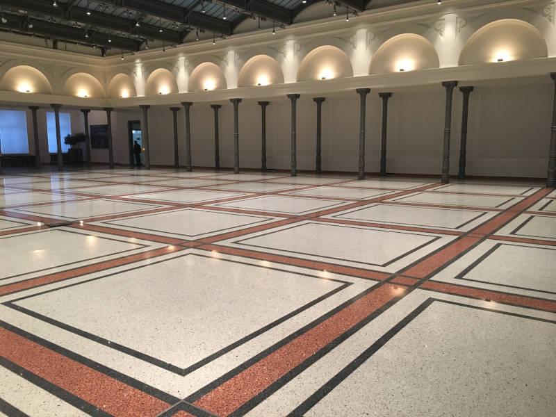 Terrazzo Sanierung einer Halle