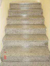 Terrazzo Treppen, geschliffen, imprägniert und rutschfest.